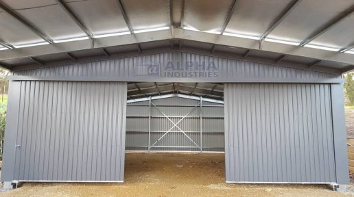 COLORBOND® Deep Ocean Garage with Garaport Section